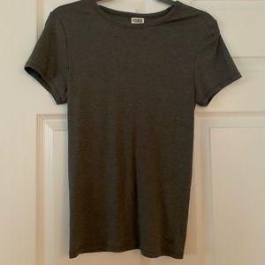 ❄️ NWT dark gray short sleeve top